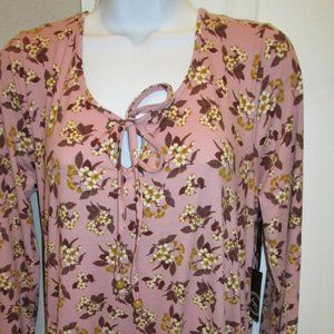 LIBERTY LOVE PLUM FLORAL PULLOVER BLOUSE SIZE MED